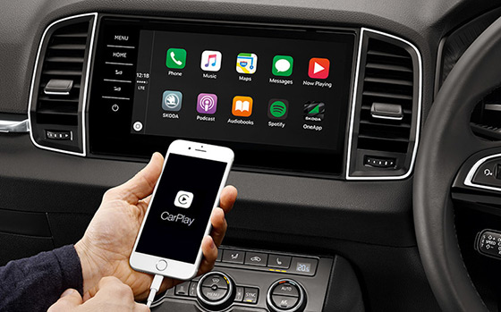 Skoda Karoq connectivity